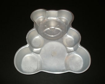 Vintage Cake Pan, Wilton Teddy Bear, Aluminum Pan, 2 Layer Cake Pan, Number 502 3754, Vintage 1982, Cake Pan, Birthday Cake Pan, Housewares