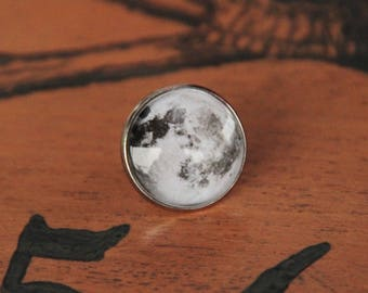 """Full Moon"" 18 mm glass cabochon pin badges"