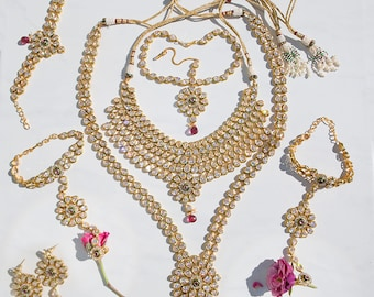 Gorgeous Kundan Bridal necklace set