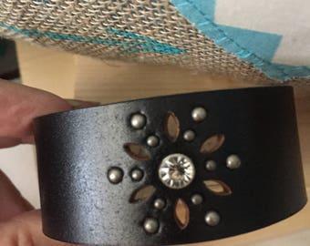 Black leather cuff sparkler design!