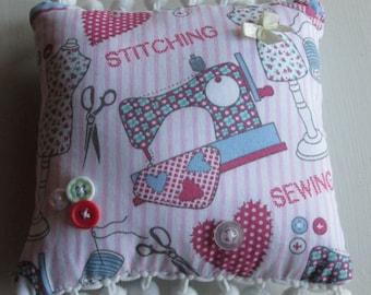 Pretty Pincushion / Pin cushion