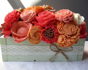 Preppy Sola Wood Centerpiece