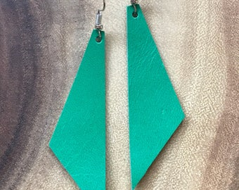 Perfect Angle Leather Earrings {Emerald Green}