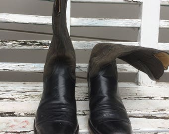 Gorgeous Wrangler cowboy/western boots, square toe, 9D