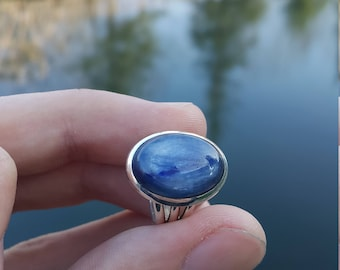 Kyanite Ring - Handmade & Silver