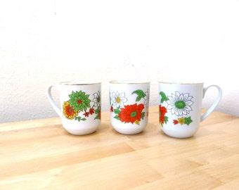 Vintage Floral Mugs / Creative Japan Mugs / Coffee Cups / Daisy Print / Small Coffee Cups / Flower Print / Poinsetta Mugs