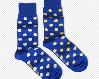 Mens socks | Flowers Socks | Daisy Socks | Funky Socks | Fun Socks | Mismatched Socks | Cool Socks | Yellow Socks |  White Socks