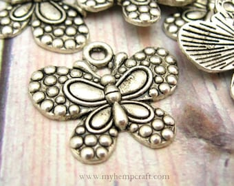 Butterfly Charms, SALE, 6pc Small Tibetan Style Silver Links, 21x25mm