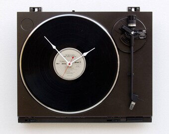 Record player clock, record album clock, music lover clock, Art Clock, upcycled large wall clock, vintage, Recycled Turntable Clock