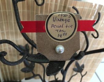 """Vintage 80's """"PEARL STUD""""  Tie Tack  by Metal City"""