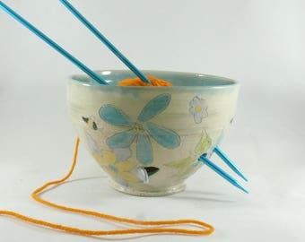 Large Ceramic Yarn Bowl, Save the Bees, Knitting Organizer, Yarn Holder, Gift for Knitter, Crochet Organizer, Wheelthrown Pottery Yarn Bowl