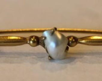 Antique Victorian gold plated blister pearl bar pin