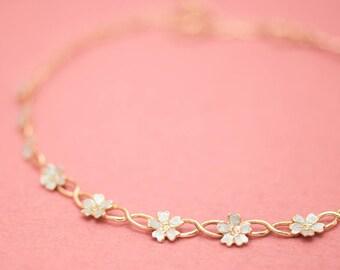 Japanese jewelry - Sakura necklace - Sakura - Blossom - Cherry blossom - flowers - Silver gold combination - Hypo-allergenic - adjustable