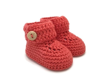 Baby Booties, Baby Girl Booties, Baby Boots, Crochet baby booties, Baby Girl Gift, Baby Shower Gift, Baby Photo Prop, Newborn baby shoes