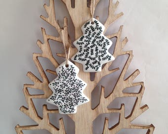 Modern and sophisticated for the Christmas tree or home, leaves, mistletoe, Christmas tree
