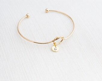Gold Love knot Bracelet, Tie the knot bracelet, knot bracelet, Bridesmaid gift , Bridesmaid proposal, Gift Idea