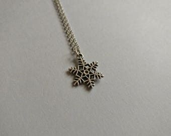 Snowflake. Necklace.