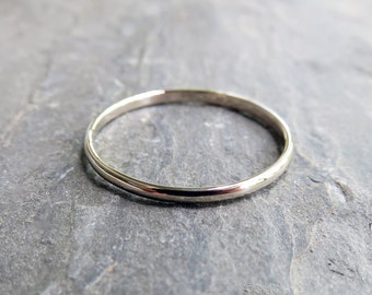 1.5mm Simple White Gold Wedding Band - Thin Traditional Wedding Ring in Solid 14k, Choose High Polish or Matte Finish - Half Round, Domed