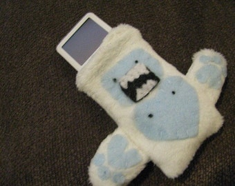 Yeti - Abominable Snowman Small iPod holder/case