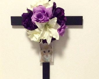 Wooden Cross, Memorial Flowers, Picture Frame, Cemetery and Funeral, Roadside Grave Marker, Cemetery Flowers