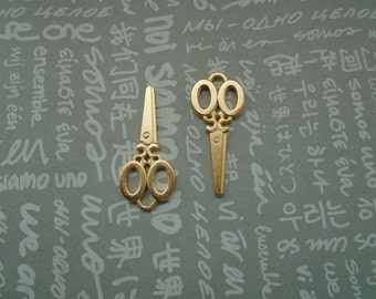 50pcs gold color plated metal scissors charm , metal shears pendant--35x15mm--CP776