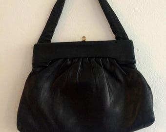 Vintage/black/leather/bag/purse/handbag/evenjngwear/lux/mid century