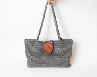 Crochet pattern for Tapestry Shoulder Bag. Make a bag in one main piece with long handles. Learn tapestry crochet technique. Basic stitches.