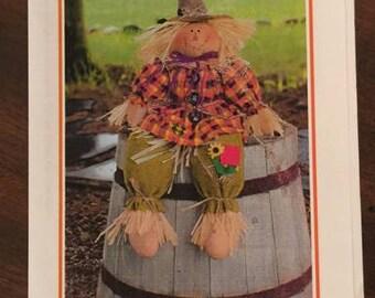 Bonnie B Buttons, Scarecrow Bench Sitter