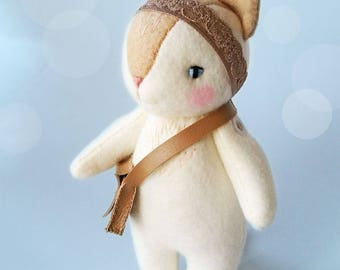 Cute White Kitty Cat Felt Doll, Japanese Kawaii Inspired Collectible Neko Cat Doll, Felt Animal Doll for Cat Lovers