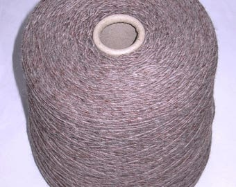 taupe 1 cone 850 g Alpaca polyester