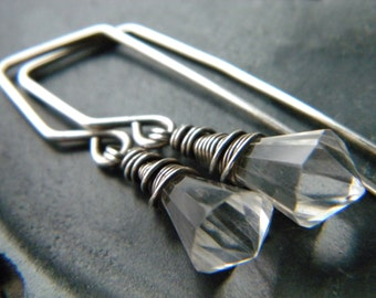 Pendulum - Natural quartz crystal and oxidized sterling silver earrings - handmade jewelry