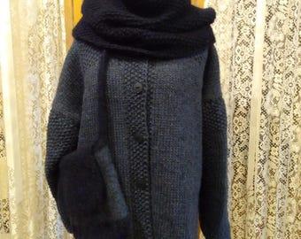 Sweater/jacket in indigo with coordinating dark Navy cowl and indigo/dark Navy felted purse.