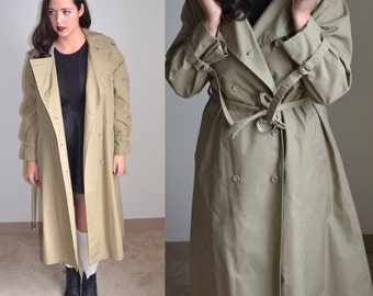 Vintage Women's Trenchcoat (Size 12/14)