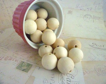 Round Wooden Beads - Natural - 25mm - Pack of 20