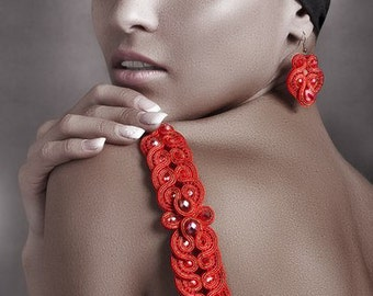 Soutache bracelet and earrings red gold