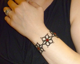 Handmade lace tatting Flower Bracelet with red crystals -Daisy Chain in black gold red flower lace bracelet