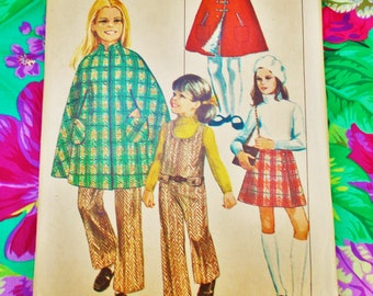 """Simplicity Sewing pattern - Girl's cape and jumpsuit - Size 10 chest 28 1/2"""" - 1969 - Mpn 8424 - Part used - please see notes"""
