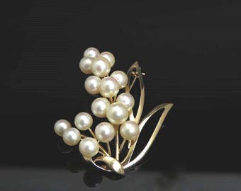 1940's-1960's Japanese 14k Gold Flower/Leaf Pearl Pin