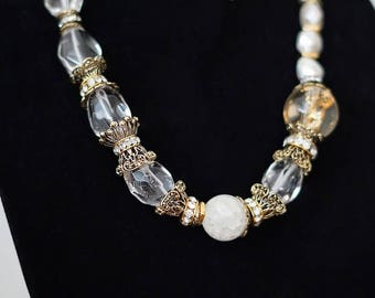 Huge natural Crystal beads Necklace. (0218)