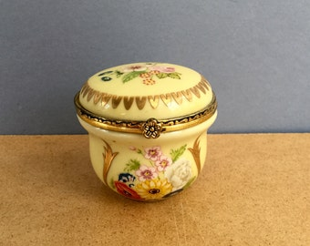 Pill Trinket Box Yellow Continental Porcelain Decorated with Flowers by Del Prado
