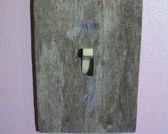 Weathered Wood Switch Plate, Switch Plate, Unique Switch Plate, Barn Wood, Drift Wood, Switch Plate, real wood, vintage, Rustic switch plate