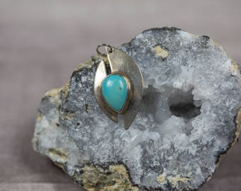 Vintage Modern Native American Sterling Silver Turquoise Pendant