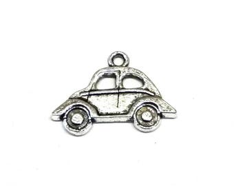 Car Charms Cast From Silver Tone Metal, VW Beetle, Automobile Charms - Pack of Five