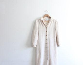 Minimal 60s Simple Midi Dress