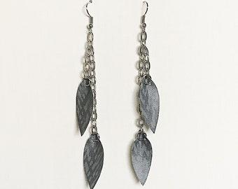 Recycled Vinyl Chain Earrings - Blue/Gray
