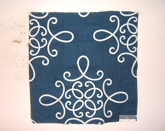 """Beacon Hill """"Crown Scroll"""" fabric remnant for crafts"""