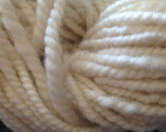 Ivory Hand Spun Yarn Worsted Weight Wool Yarn Collection 2