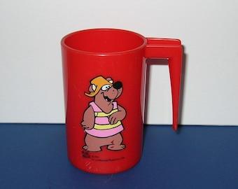 Vintage 1970s Hanna Barbera Hair Bear Bunch - Bubi Bear Plastic Mug