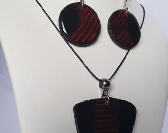 Ornament pendant and earrings Red Strip
