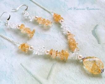 Handmade Bead Necklace Yellow Beaded Pendant Necklace Beaded Jewelry Set Spring Jewelry Fashion Jewelry Womens Gift for Her Quartz Jewelry